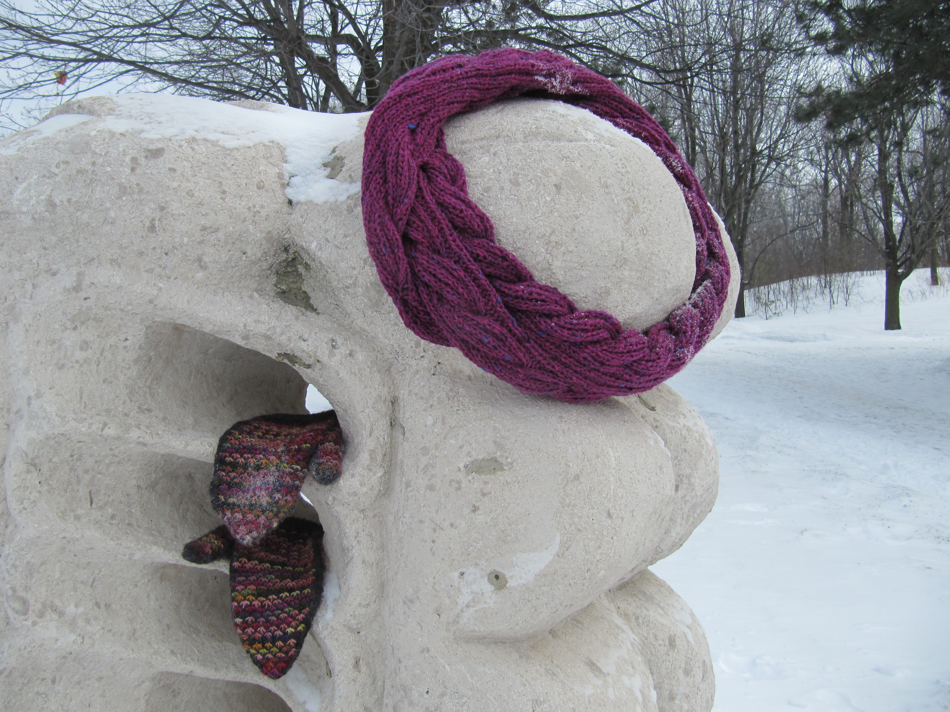 Moebius cowl reality with a twist jabknit mobius bankloansurffo Gallery